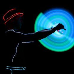 Bunter Show-Mix comedy zauberei jonglage feuer led_12-43
