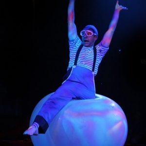 Künstler im Ballon bilder 12