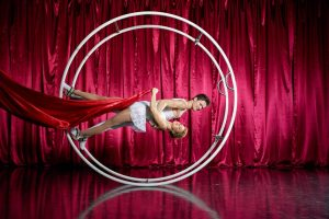 Acrobatic Shows Duo Leinup Agentur Bilder 01