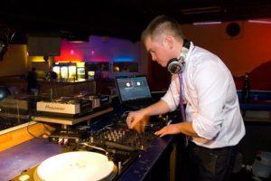 DJ Russisch-deutsch-web